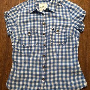 ⭐️5/$25 H&M L.O.G.G Blue Plaid Buttonup Shirt